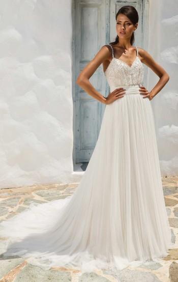 c4f57729f7e5 8956 Arlette - Size 12. 8956 Arlette - Size 12. Justin Alexander 8956  'Arlette' English Tulle Wedding Dress with Beaded ...